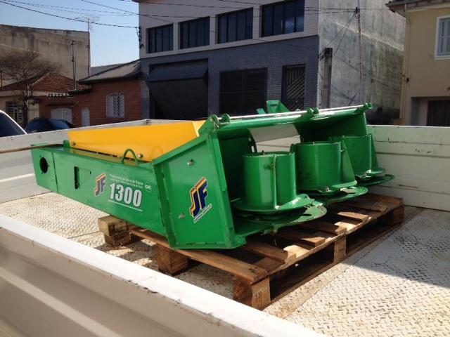 COLHEDEIRA CAPIM JF1300